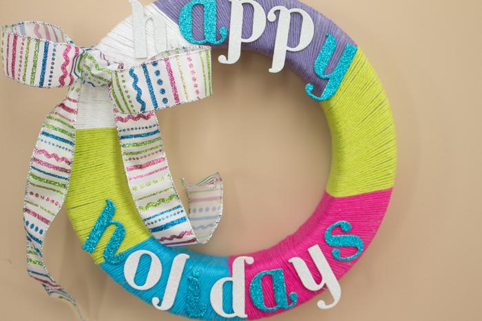 DIY Yarn Wreath from Trix & Trumpet